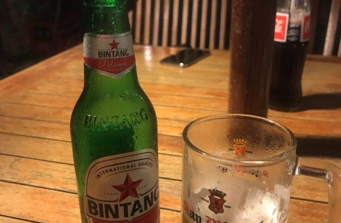 バリ島 インドネシア料理 ディナー ダブールスタッブ ビール