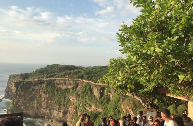バリ島 観光スポット ウルワツ寺院