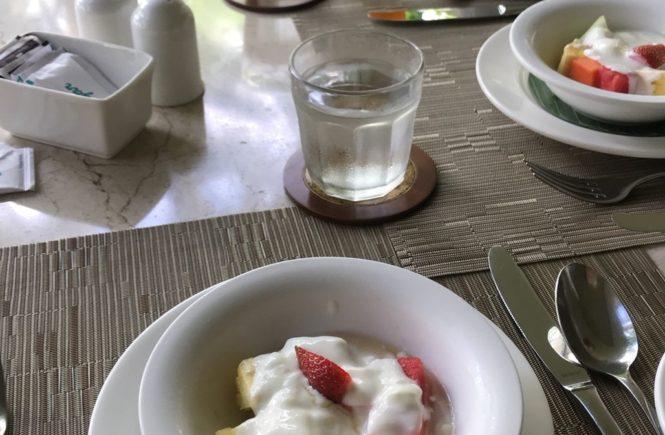 コマネカ アット ラササヤン 朝食2