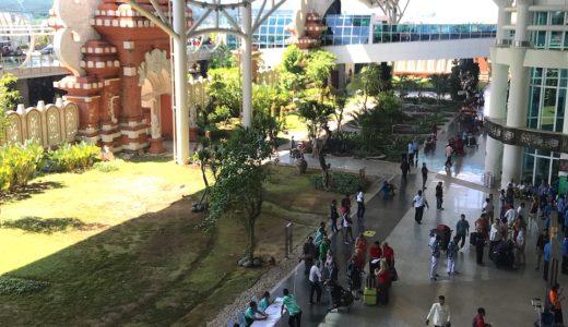 バリ島・デンパサール空港 ブルーバード(メーター)タクシーに乗るために徒歩で敷地外へ出る方法