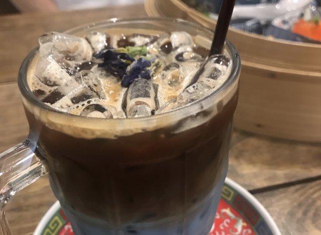 バンコク カフェ ロントウカフェ Tea latte