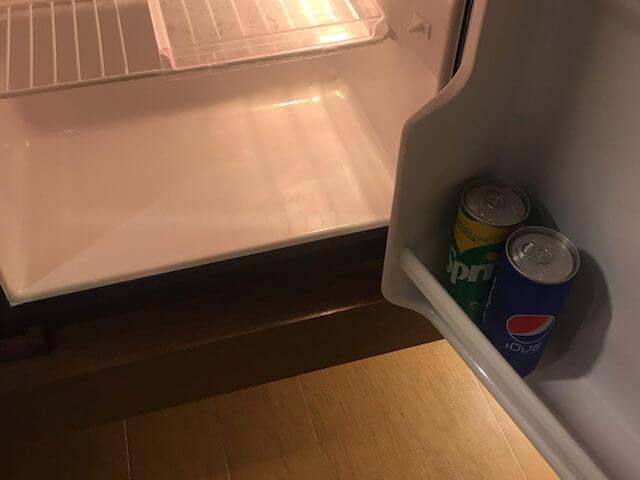 バンコク格安ホテル シーロムワン 冷蔵庫