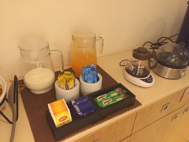 バンコク格安ホテル シーロムワン 飲み物