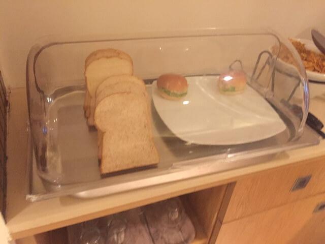 バンコク格安ホテル シーロムワン パン