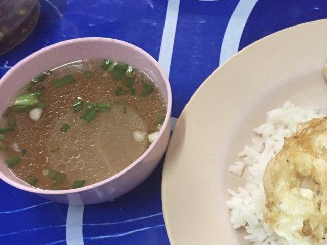 バンコク ガパオ ウタイ スープ