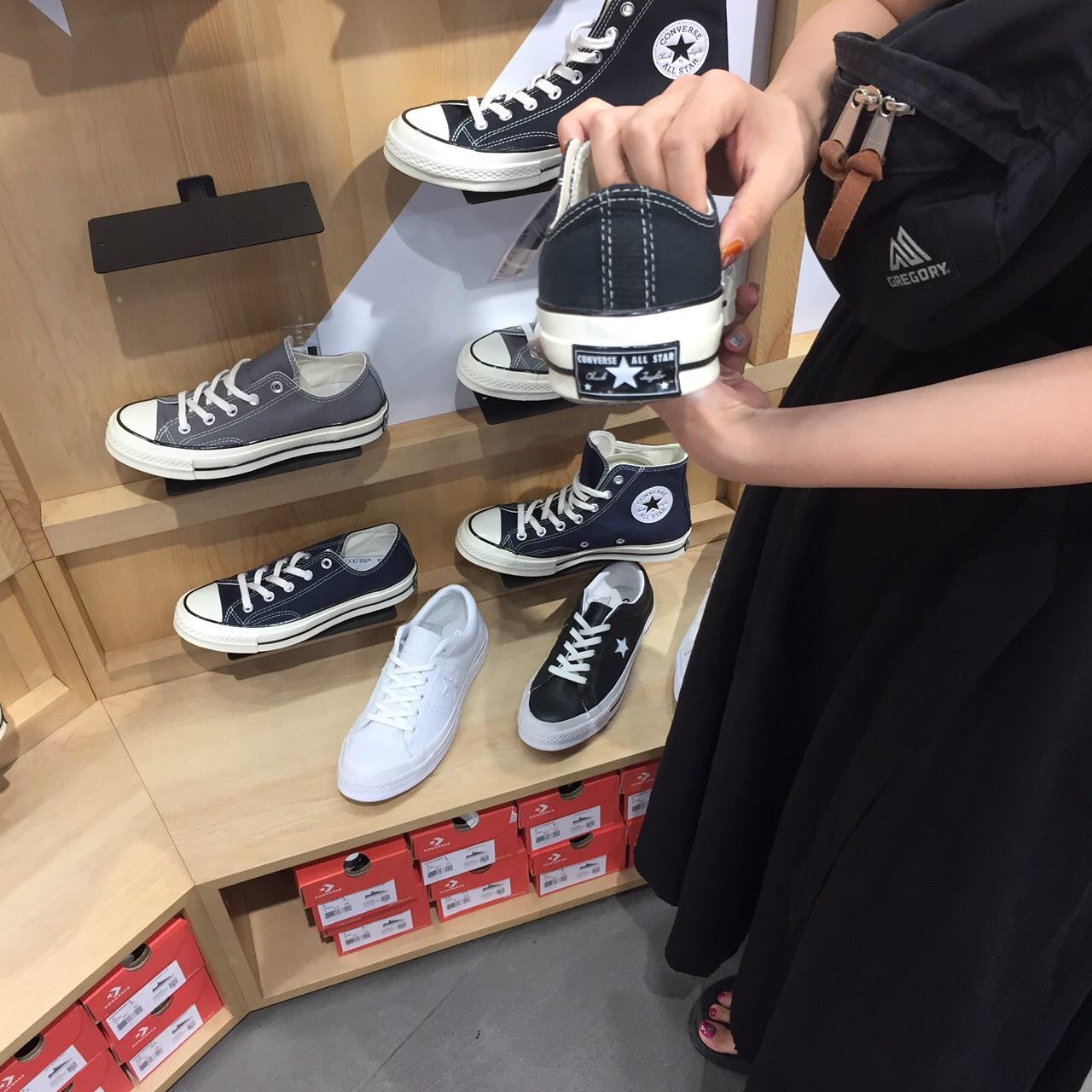韓国 チャックテイラー 取り扱い店