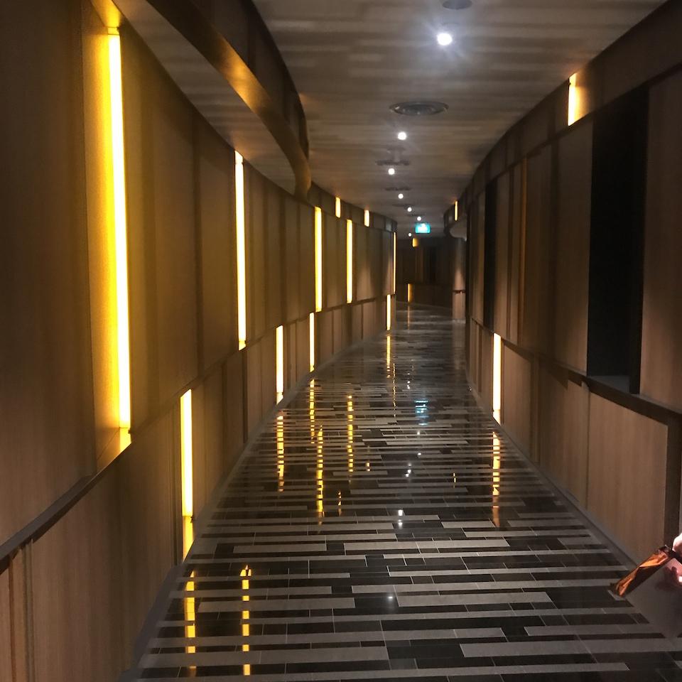 シンガポール航空 遅延 ホテルの通路