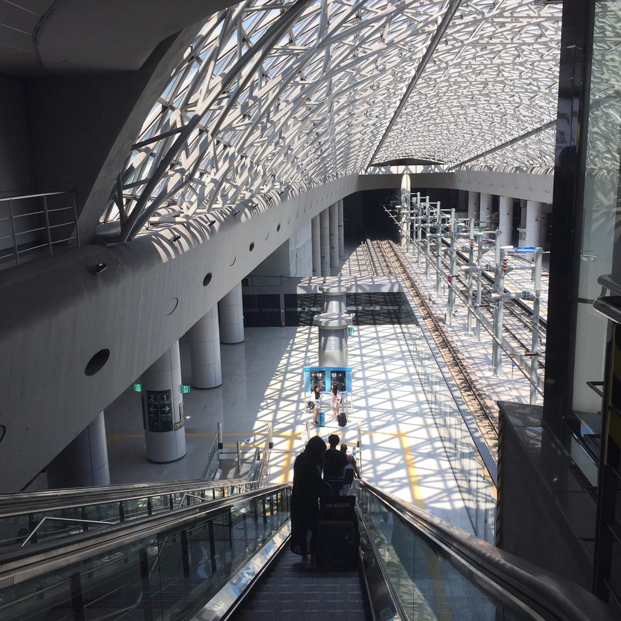 仁川空港から明洞 地下鉄 乗り場 地下へ