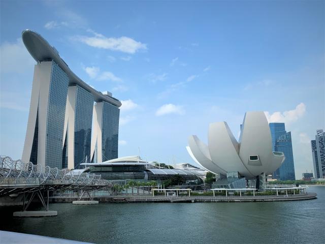 シンガポール ホテル 安い 綺麗 マリーナ