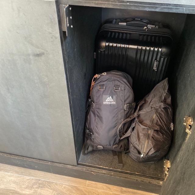 st シグネチャー チャイナタウン 荷物預ける ロッカー 大きい